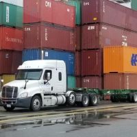 Logistic Obstacles Facing Canadian Supply Chains